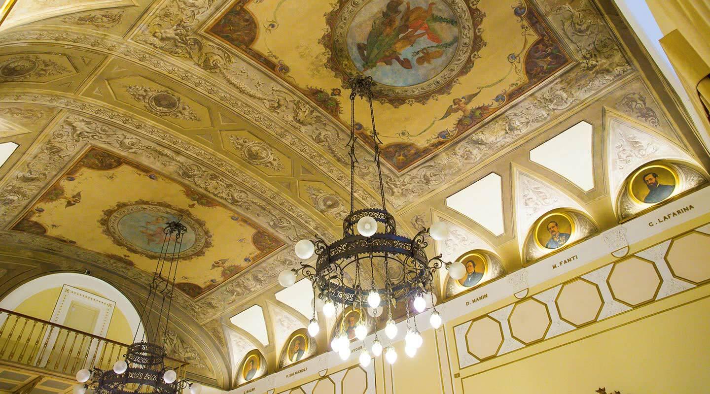 Storia hotel bernini palace hotel 5 stelle lusso for Parlamento italiano storia